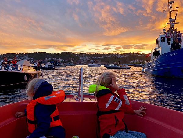 Barn og sjøvettaktiviteter.